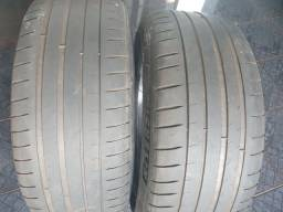 Pneu Michelin PS4 205/45 R17 (usado)