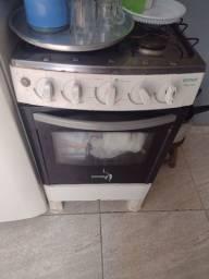 Geladeira fogão e microondas