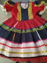 Lindo vestido infantil festa Junina