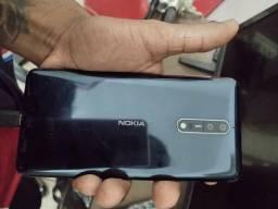 Nokia 8 -zeiss TA-1004 .
