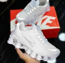 Título do anúncio: Tênis Nike 12 molas branco refletivo