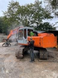 Escavadeira fH 150