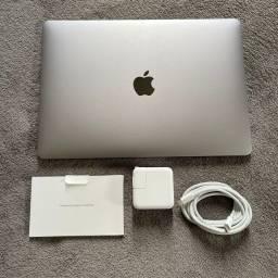 Título do anúncio: MacBook Air novo sem caixa.