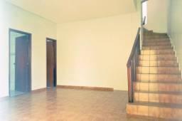 Título do anúncio: Sobrado, 229 m², excelente localização, 4 quartos, 2 suítes. Jd. Europa, Goiânia-GO
