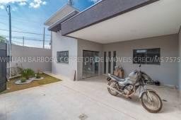 Linda casa com fachada moderna e excelente localização no Rita Vieira 1!!