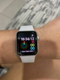 Vendo Apple Watch Series 3 por R$800