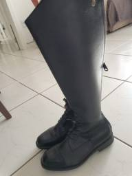 Par de botas 39 couro hipismo Instep