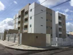 Apartamentos de 02 ou 03 quartos no Cristo!!