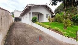 Casa com 3 Dormitórios no Bairro Parque Guarani