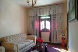 Título do anúncio: Casa à venda, 8 quartos, 2 vagas, Carlos Prates - Belo Horizonte/MG