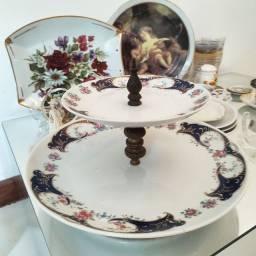 Fruteira Grande de Porcelana e Bronze