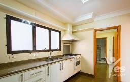 Apartamento com 4 Dormitórios - Centro