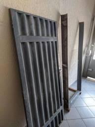 Portão/porta com batente