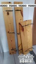 Título do anúncio: Prateleiras em madeira PINUS ENVERNIZADAS!