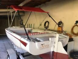 Título do anúncio: Oportunidade - Barco totalmente funcional com motor de polpa e reboque para transporte