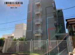 Alugo apartamento na Área Central