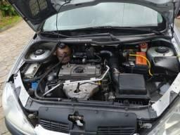 Peugeot completo 2008 modelo 206 4 portas