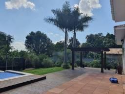 Título do anúncio: Casa em Condomínio de Chácaras Flor do Cerrado com 5 mil m², 3 Suítes