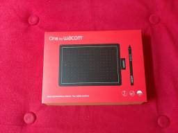 Mesa digitalizadora na caixa