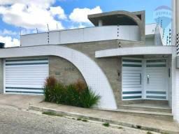 Título do anúncio: Casa com 3 dormitórios à venda, 241 m² - Maria Auxiliadora - Caruaru/PE