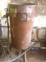 Máquina de jato de areia (granalha) CMV pouco usada 200 litros