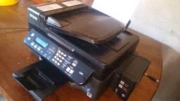 Impressora Epson L555 a tinta 700,00