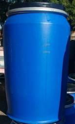 Tambores de plástico 200 / 240 Litros Tampa Fixa, Rosca e Removível