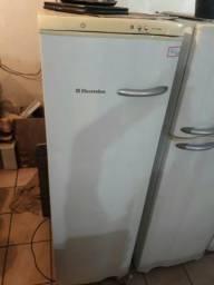 Freezer Electrolux 7 gavetas