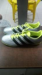 Vendo Tênis Adidas novo
