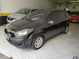 Ford fiesta ($$$1.000 + 48x 557,00) - 2011