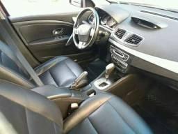 Vendo ou financio Renault Fluense automático 2012