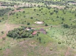 Chácara com 2 dormitórios à venda, 250000 m² por R$ 300.000,00 - Zona Rural - Rosário Oest