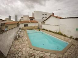 Casa no Catolé - Espaço ideal para clínicas. Terreno 405m²