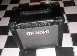 2 Caixas de Som / Amplificadores de Guitarra