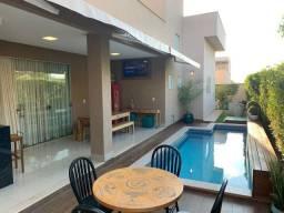 Linda casa térrea em condomínio fechado - Jardins Lisboa