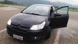 Carro C4 Hatch