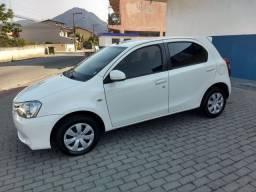 Toyota Etios XS 1.5 (R$2.000,00 abaixo da Fipe!!!) - 2014
