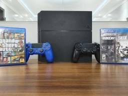PlayStation 4 - 2 Controles e 2 jogos