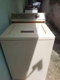 Maquina de lavar, Brastemp modelo antigo.