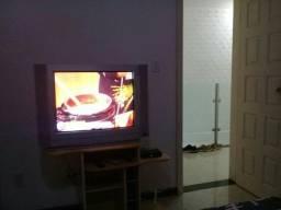 Título do anúncio: Aluguel quarto com suite em Itapuã