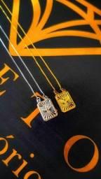Escapulários banhados a ouro 18k ou prata 925.