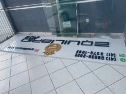 Placa para fachada de comércio em acm usada em letra caixa