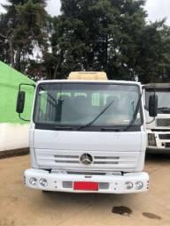 Caminhão 3/4 712 C 2002 carroceria toco 4x2