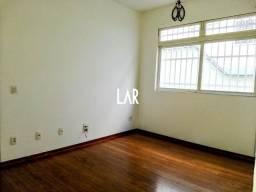 Título do anúncio: Apartamento de 02 quartos, com renda e excelente localização