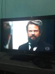 Título do anúncio: TV LG 32p (Não É Smart)