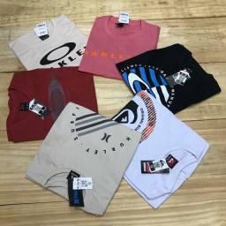 Camisetas por R$ 28,00 cada, à vista