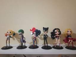 Título do anúncio: Vendo bonecos da coleção DC
