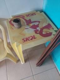 Título do anúncio: Mesas e cadeiras da Skol