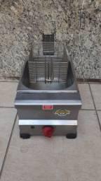 Fritadeira a gás marca Marchesini toda de inox 7 litros de capacidade R$400,00