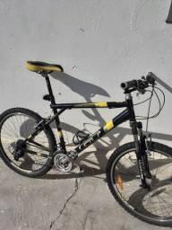 "Bicicleta GT aro 26"""